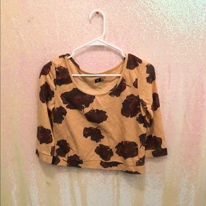 UO BDG Cropped floral top